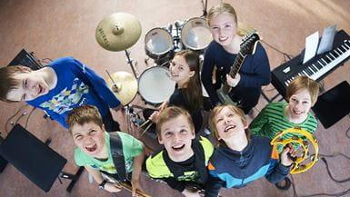 Børn i rytmisk band