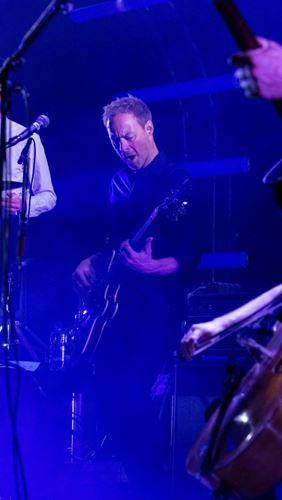 Morten Jørgensen underviser i elbas i Odense Musikskole