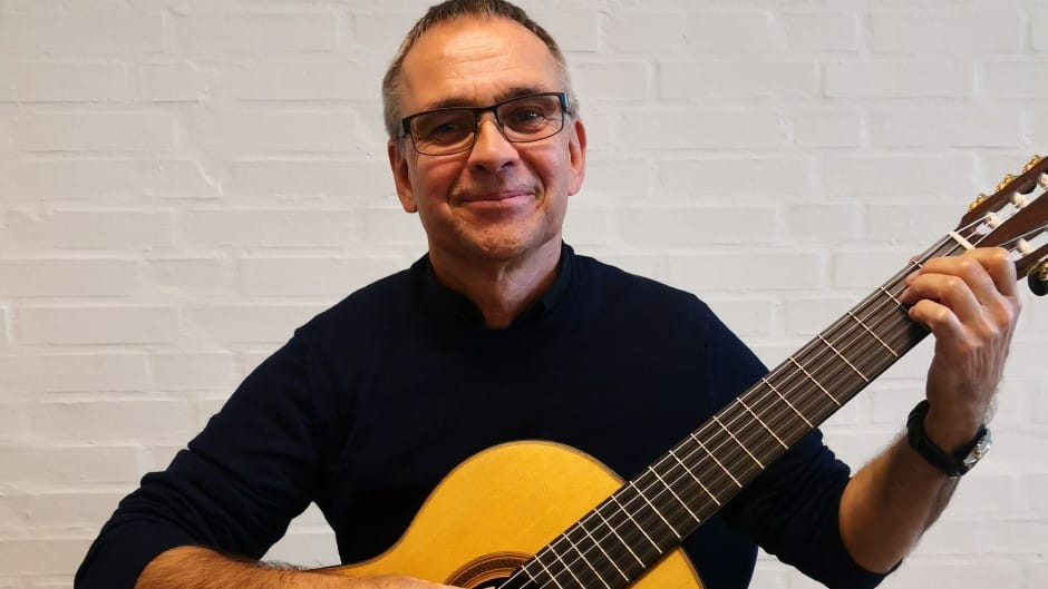 Musikskolens guitarlærer Thomas Jensen
